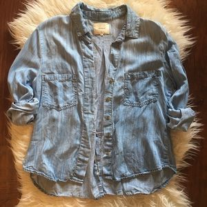 Anthropologie Elevenses Chambray Button Down